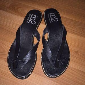 B2 shoes